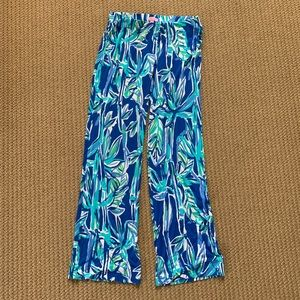 Lilly Pulitzer patterned flowy pant
